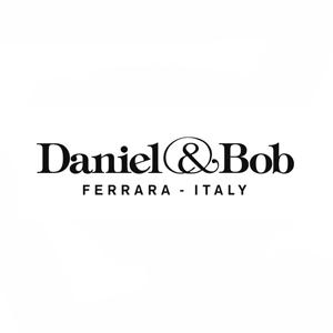 ダニエル&ボブ ロゴ