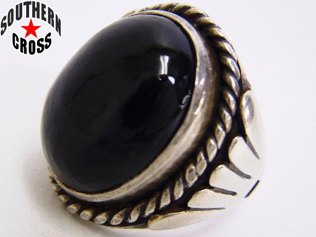 ハリウッドランチマーケット 指輪